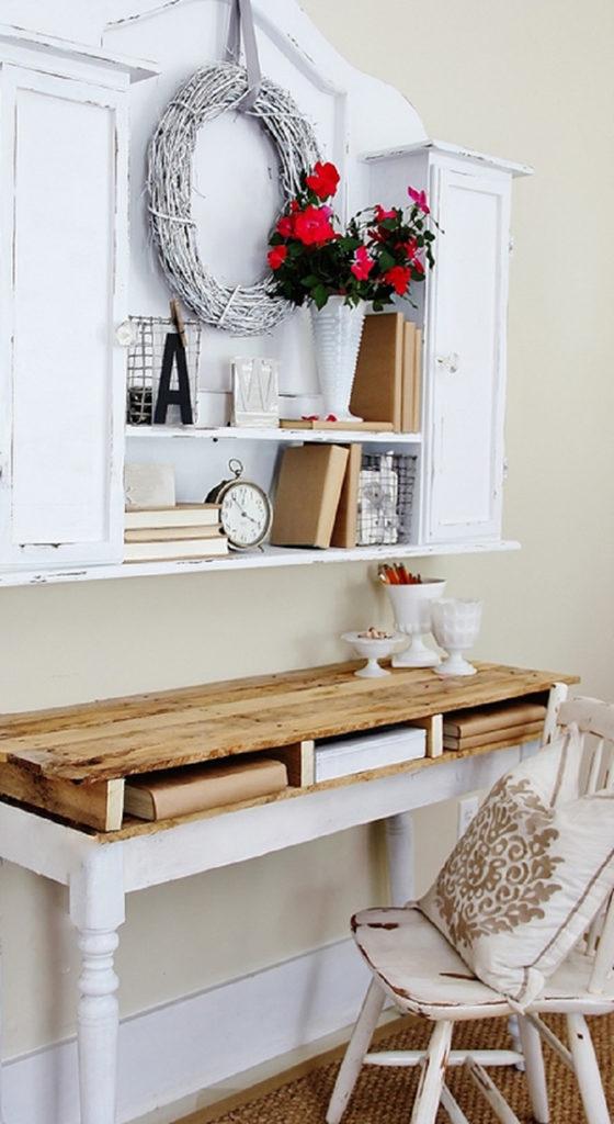 Set bàn Nook, tủ và giá sách tinh tế, ấn tượng làm từ gỗ pallet cũ . Thiết kế này được làm từ gỗ pallet cũ